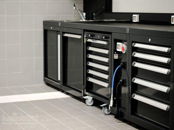Werkstattausrüstung DEA │Werkbänke